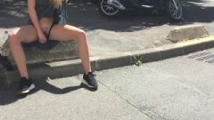 Walking And Flashing In The Streets – Flirtatious Girlfriend Leolulu